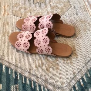 Chloe pink embroidered sandals